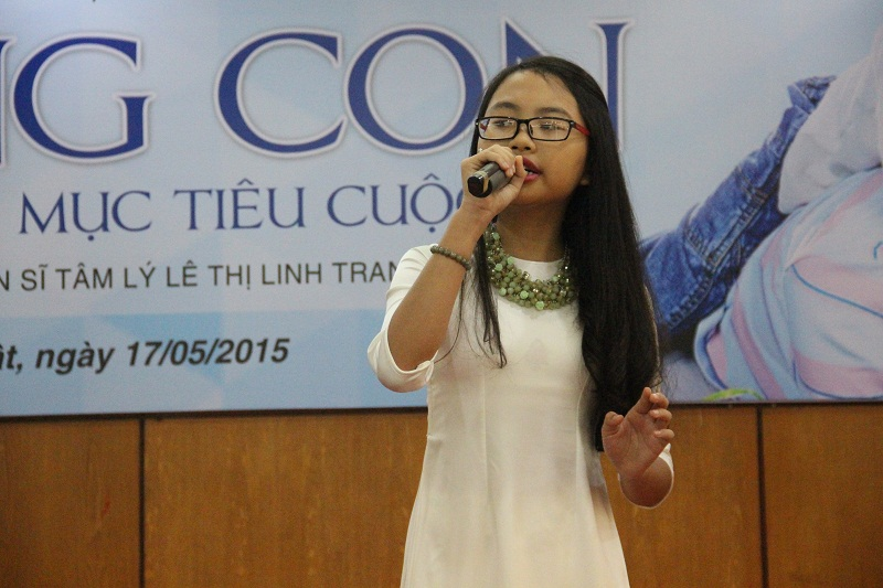 Phương Mỹ Chi's voice moved the audience