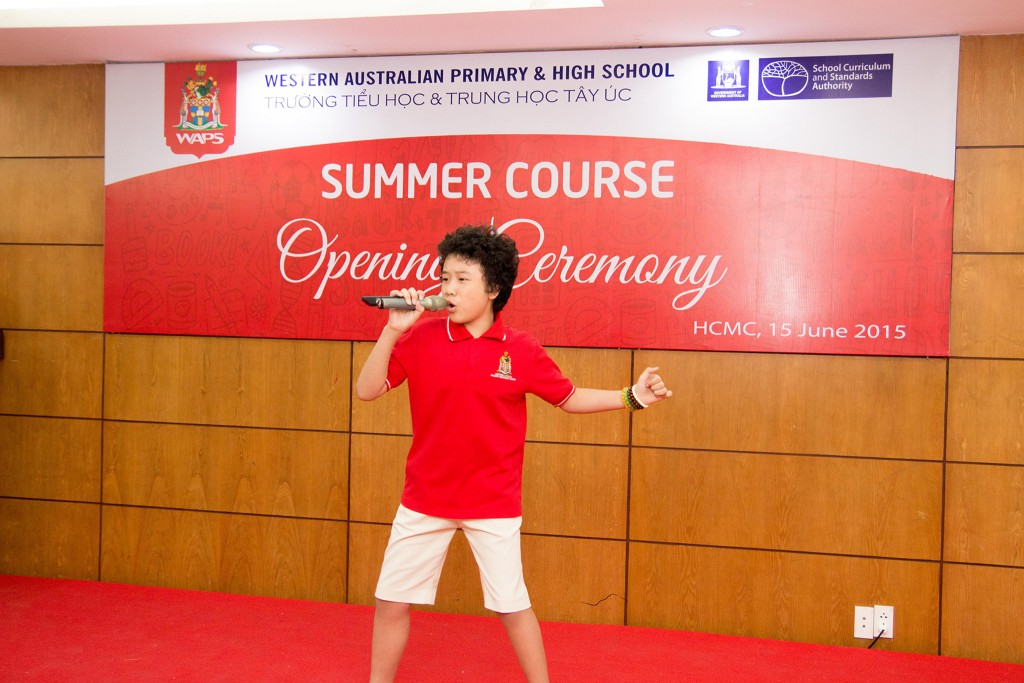 The exciting opening ceremony of summer course in 2015